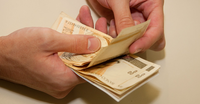 """Programa """"Futuro na Mão"""" vai levar educação financeira para beneficiárias do Bolsa Família"""